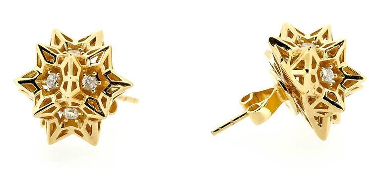 Tria Frame Diamond Gold Stud Earrings 3