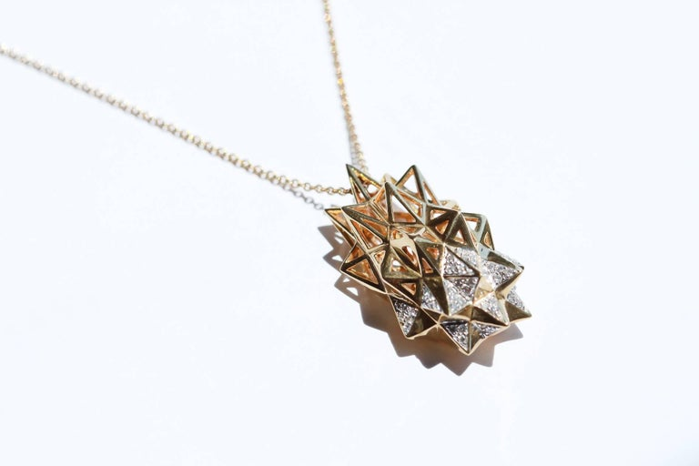 Stellated Diamond Gold Flatback Necklace For Sale 1
