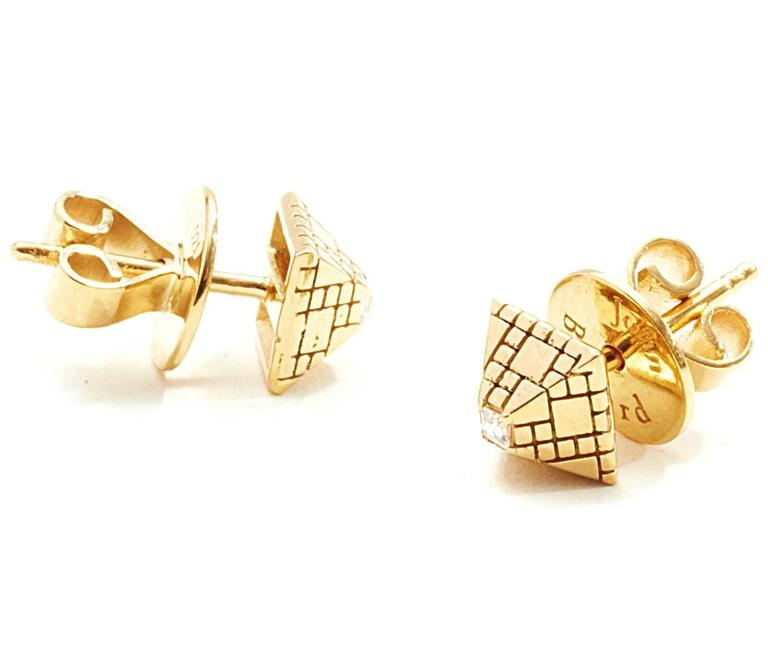 Modern Singular Diamond Gold Stud Earrings For Sale