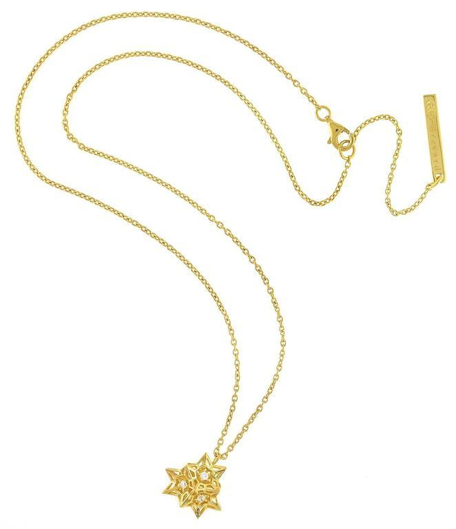 Modern Tria Frame Diamond Gold Necklace For Sale