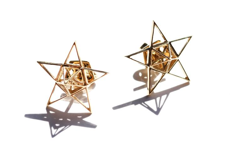 Women's or Men's Gold Open Frame Star Earrings For Sale
