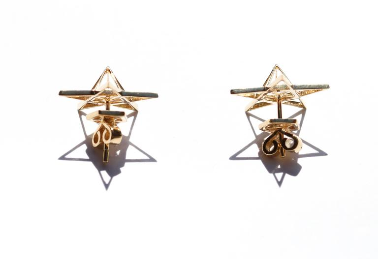 Gold Open Frame Star Earrings For Sale 1