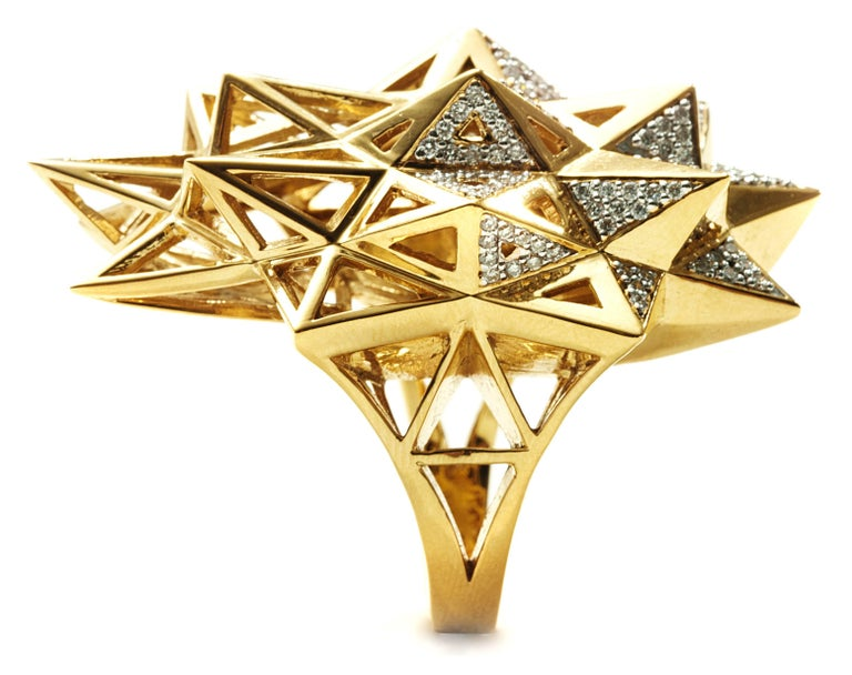 Modern Stellated Star Diamond Gold Ring For Sale