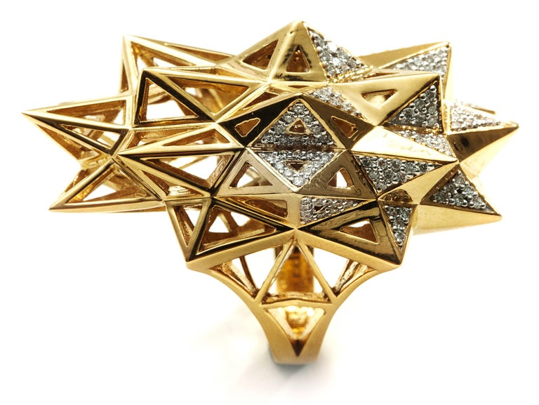 Women's or Men's Stellated Star Diamond Gold Ring For Sale