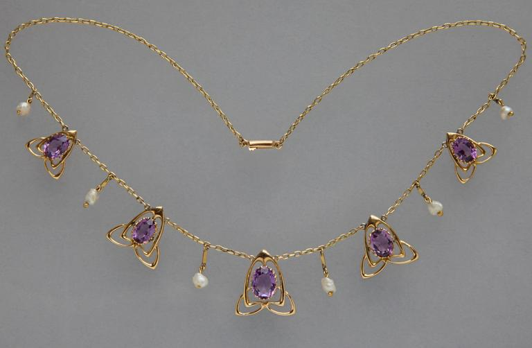 Archibald Knox Liberty & Co Amethyst Gold Necklace For Sale 1