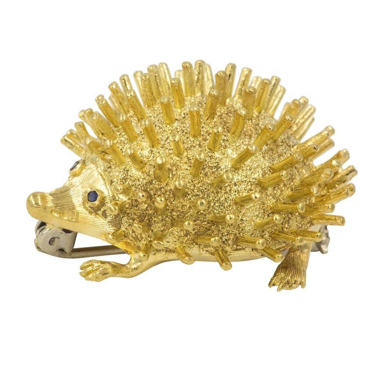 Very Cute  Gold Hedgehog Brooch 4