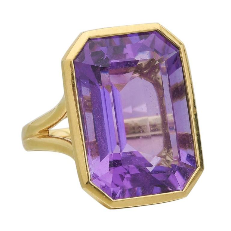 Goshwara Amethyst Gold Ring For Sale