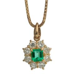 Emerald Diamond gold Cluster Pendant Necklace