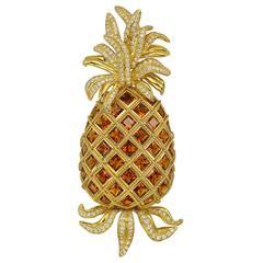 Valentin Magro Citrine Diamond Gold Pineapple Brooch