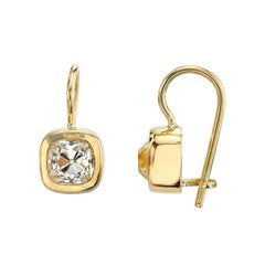 1.58 Carat Cushion Cut Diamonds Set in Handcrafted Yellow Gold Drop Earrings