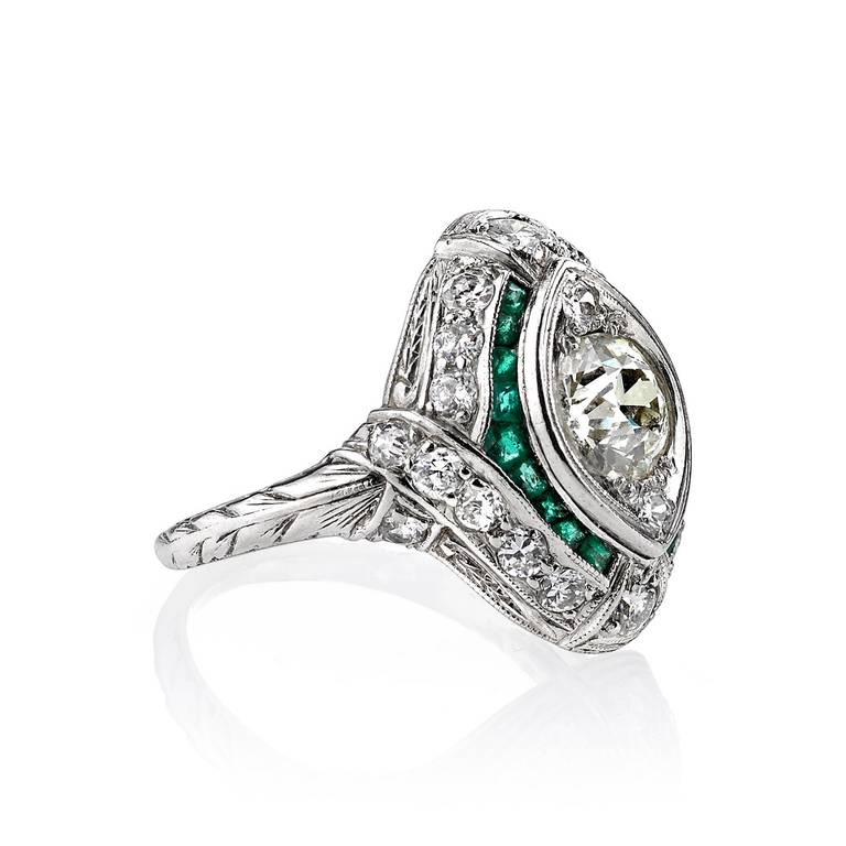 French Cut Emerald Accents Diamond Ring 3