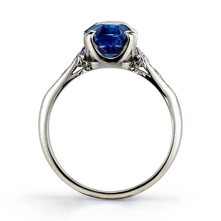 3.77 Carat Cushion cut Sapphire Ring  In New Condition In Los Angeles, CA