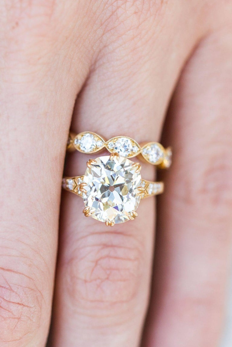 Vintage Cushion Cut Engagement Ring For Sale at 1stdibs
