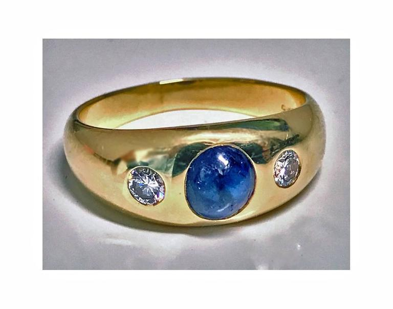 1940s Sapphire Diamond Gold Ring In Good Condition For Sale In Toronto, CA