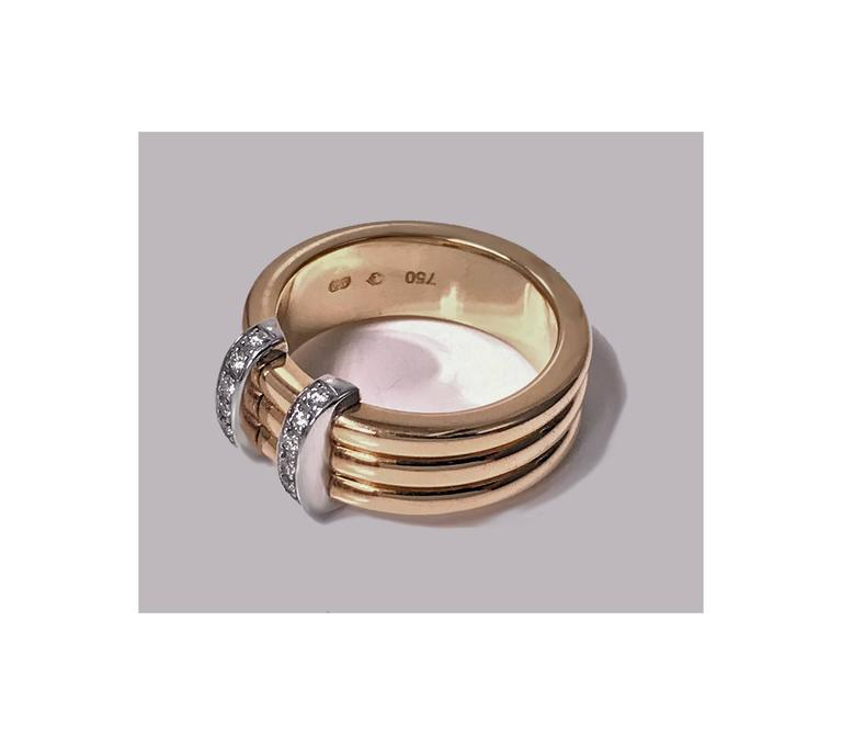 Round Cut Omega  Diamond Gold Ring For Sale