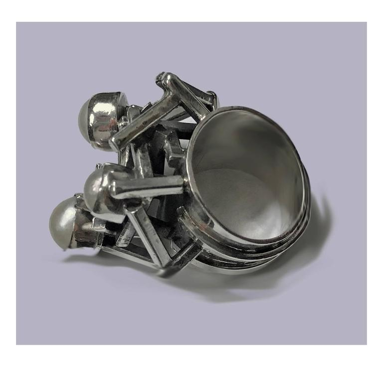 Rachel Gera Israel Abstract Modernist Sterling Ring, circa 1975 For Sale 1