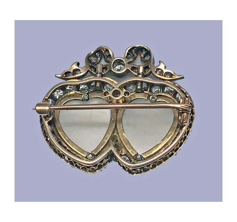 Antique English Double Heart Moonstone Diamond Brooch In Good Condition For Sale In Toronto, CA