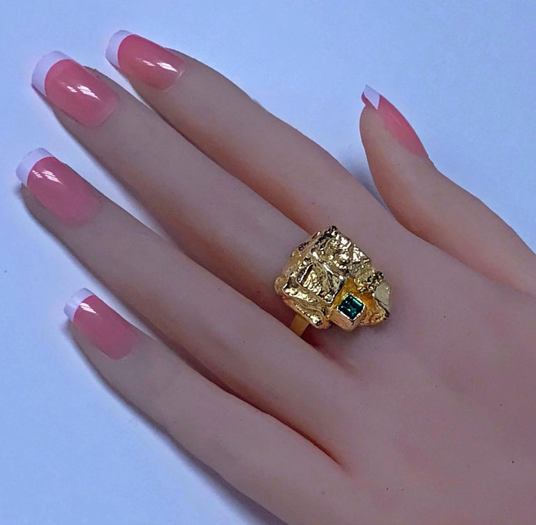 Emerald Cut 1970s Scandinavian Gold and Emerald Abstract Ring For Sale