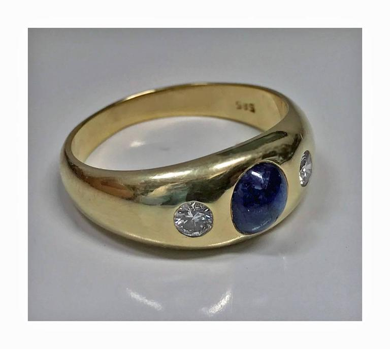 Round Cut 1940s Sapphire Diamond Gold Ring For Sale