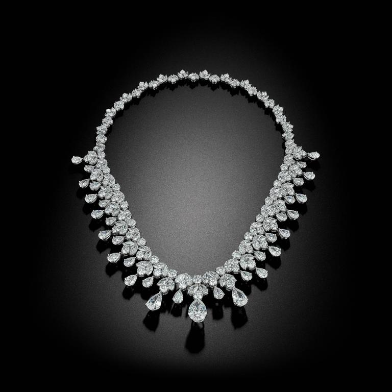 An Absolutely  Amazing Diamond Necklace and Tiara 2