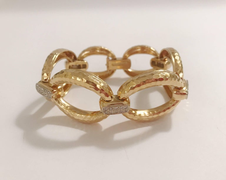 Gold Hammered Link Bracelet with Diamonds 3