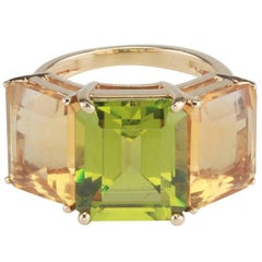 18 Karat Yellow Gold Emerald Cut Ring with Citrine and Peridot
