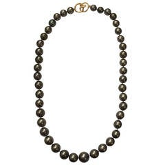 Gray Cultured Pearl Necklace with Gold Clasp