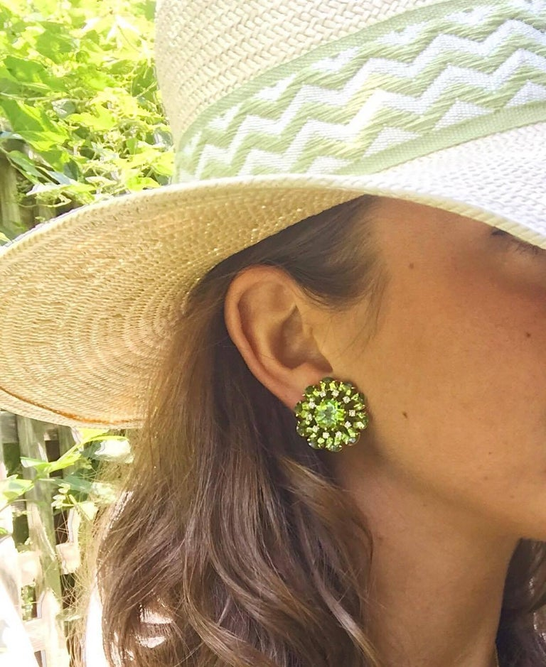 Peridot Diamonds Gold Flower Earrings In As New Condition For Sale In New York, NY