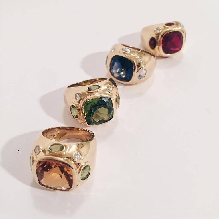 Bonheur Ring, Blue Topaz and Pink Topaz and Diamond Yellow Gold Domed Ring In New Condition For Sale In New York, NY