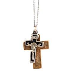 Duchess of Windsor Metal Pendant Crosses
