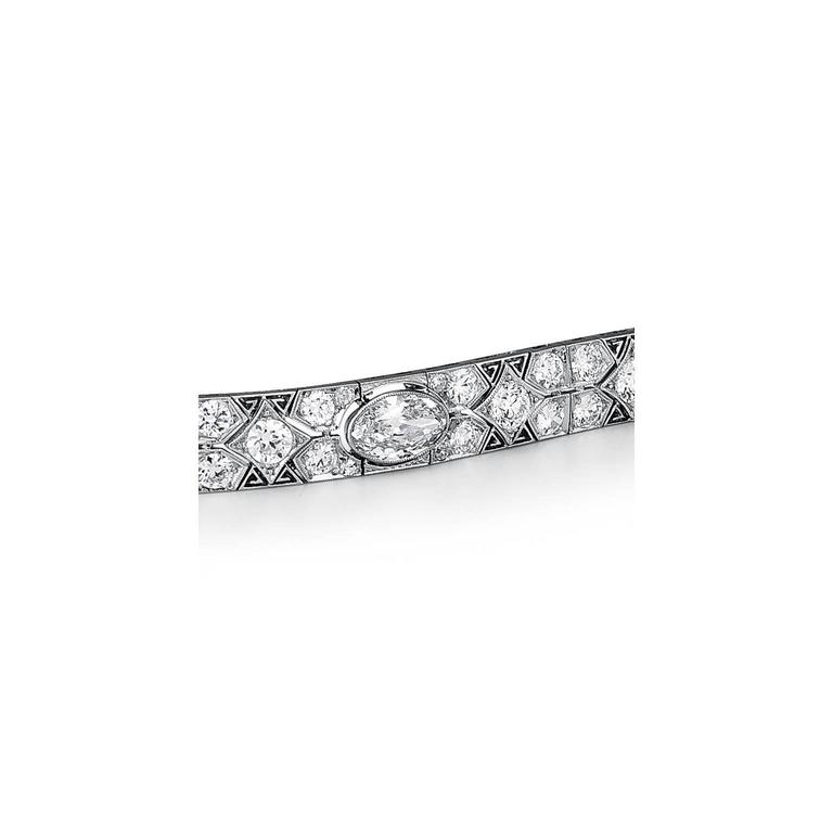 Cartier Magnificent Art Deco Diamond Platinum Bracelet In Excellent Condition For Sale In Greenwich, CT
