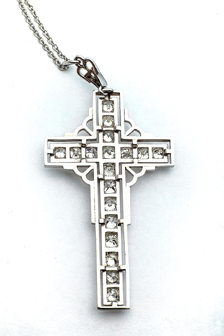 Art Deco Diamond Platinum Latin Cross Pendant In Excellent Condition For Sale In Greenwich, CT