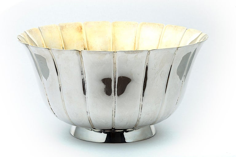 Bulgari Vintage Sterling Silver and Vermeil Fluted Bowl In New Condition For Sale In Greenwich, CT
