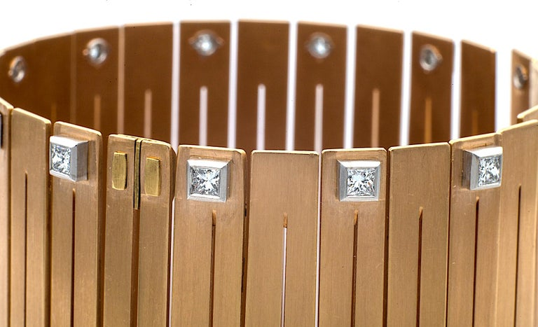 Enrico Cirio 1980s Diamond Gold Bracelet In Excellent Condition For Sale In Greenwich, CT