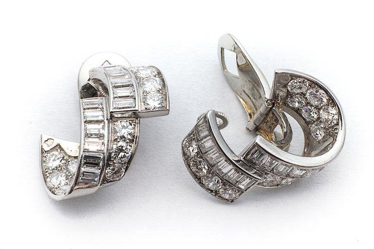 Women's Art Deco Diamond Platinum Ribbon Earrings For Sale