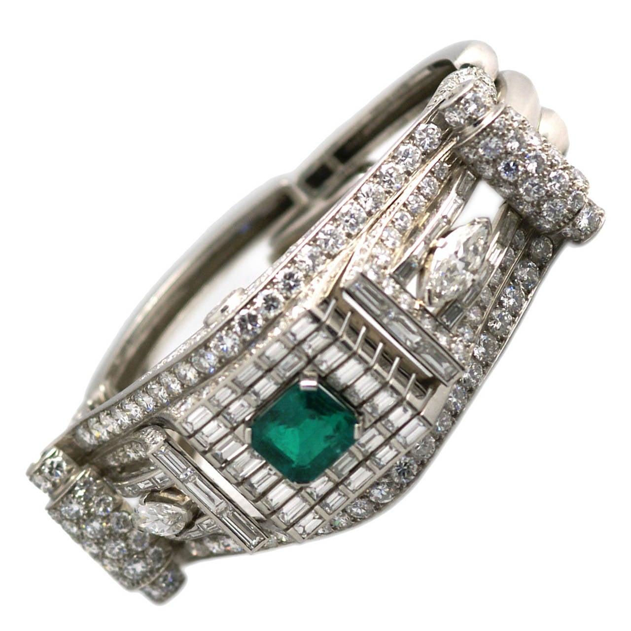 Important 1930s French Emerald Diamond Platinum Bracelet