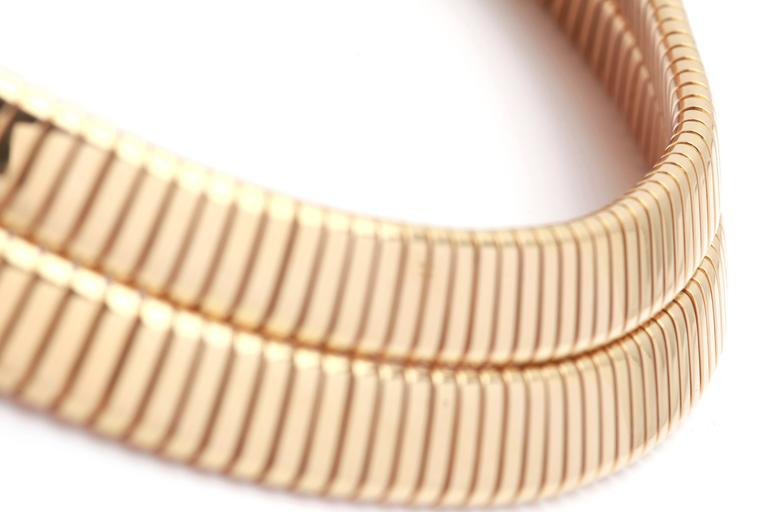 1970s Bulgari Gold Tubogas Necklace  In Excellent Condition For Sale In New York, NY