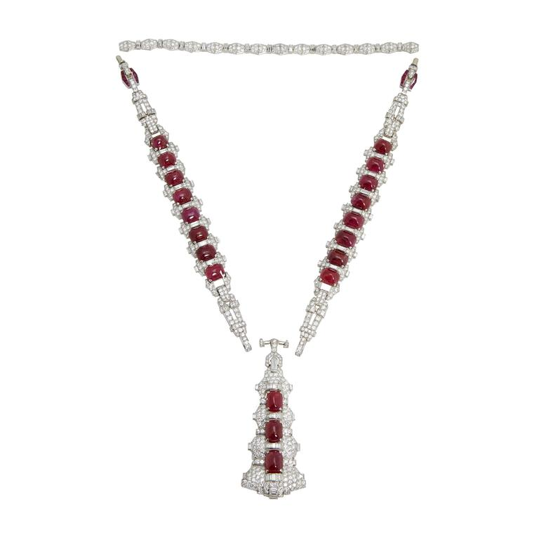 A Magnificent Art Deco Sautoir Necklace with diamonds (40 cts) and unheated Burmese cabochon rubies (110 cts), mounted on platinum. Impeccably detachable to convert into two bracelets and brooch. Made in Italy, circa 1925.