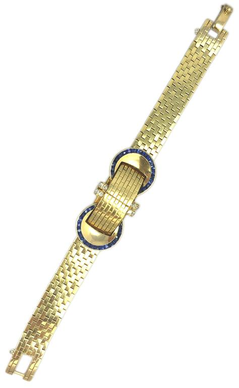 VAN CLEEF & ARPELS A Sophisticated Yellow Gold Bracelet Watch For Sale 2