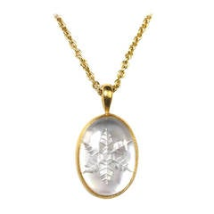 Cabochon Carved Snowflake Crystal Mother of Pearl Gold Pendant
