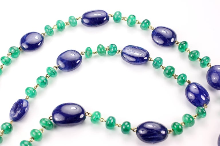 Julius Cohen Sapphire and Emerald Bead Necklace In As New Condition For Sale In Brooklyn, NY