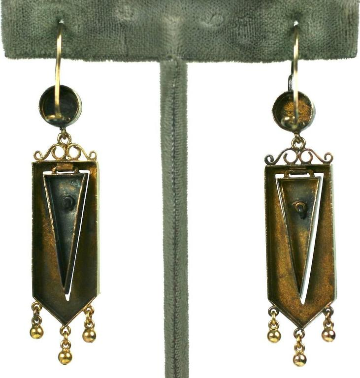 Articulated Victorian Gold Wheat Earrings In Excellent Condition For Sale In Riverdale, NY