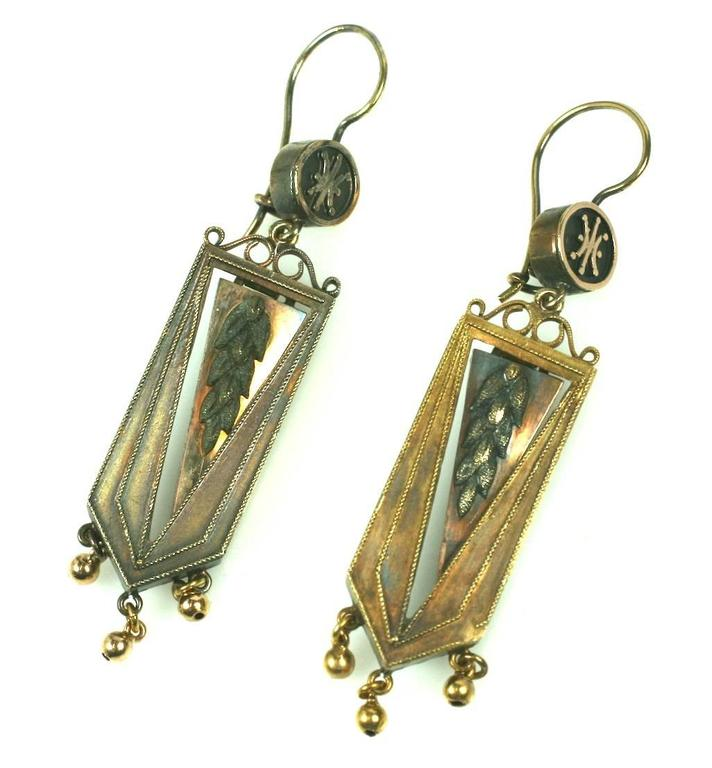 Women's Articulated Victorian Gold Wheat Earrings For Sale