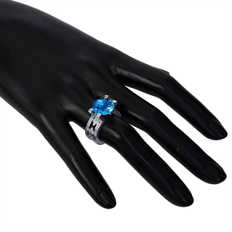 Blue Topaz Diamond White Gold Ring One of a Kind  6