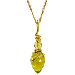 Lemon Citrine Sapphire Yellow Gold Pendant Necklace on Chain One of a Kind