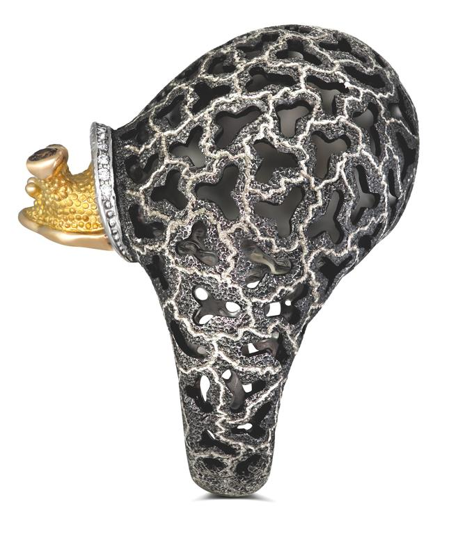 Alex Soldier Diamond Blackened Gold Codi The Snail Ring One of a kind For Sale 1