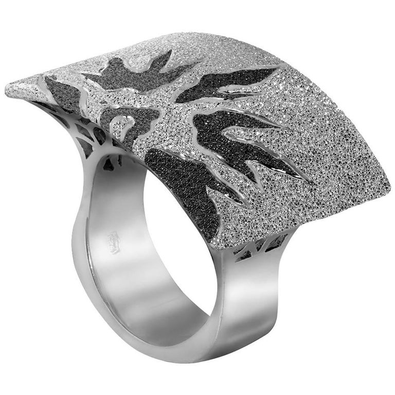 Alex Soldier Sterling Silver Platinum Textured Sun Pattern Ring