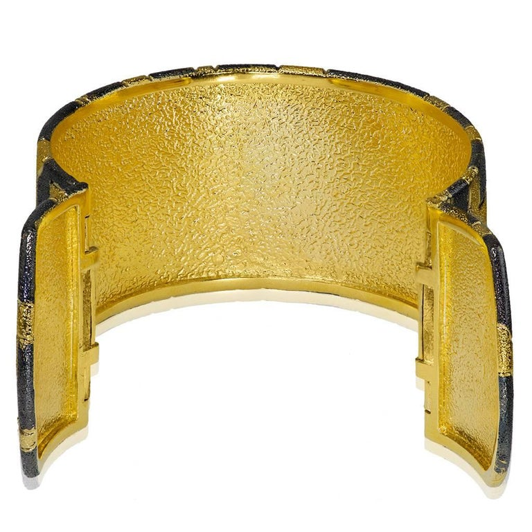 Sterling Silver Gold Platinum Hand-Textured Hinged Cuff Bracelet In New Condition For Sale In New York, NY