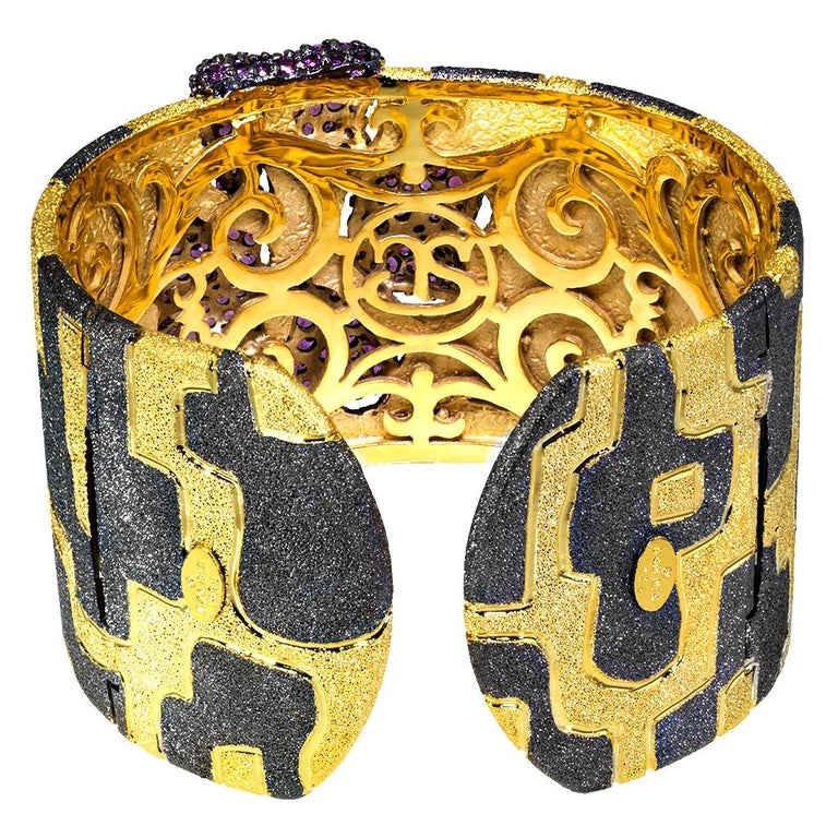 Round Cut Garnet Sterling Silver Gold Platinum Hinged Cuff Bracelet For Sale