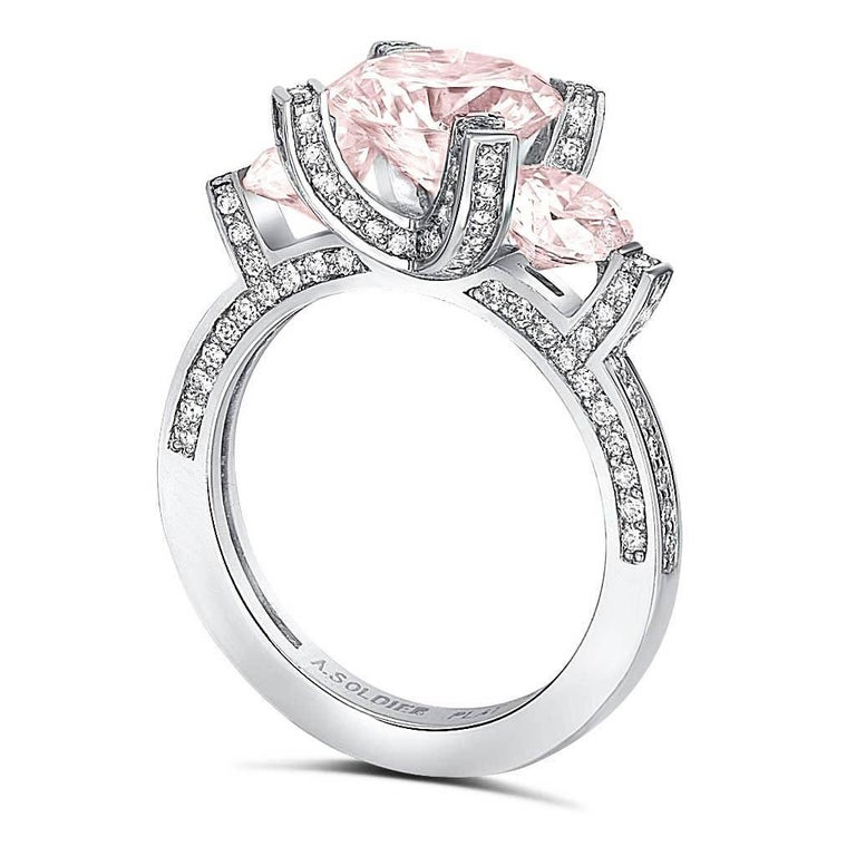 Alex Soldier's Princess collection reflects a special place of royalty held by your bride-to-be in your heart. The shape of the prongs resemble a crown to elevate her spirit and express your love. It serves to demonstrate how deeply you treasure